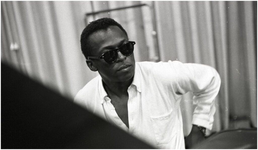Miles Davis: Birth of the Cool, reż. Stanley Nelson   Wieczne lato: Muzyka