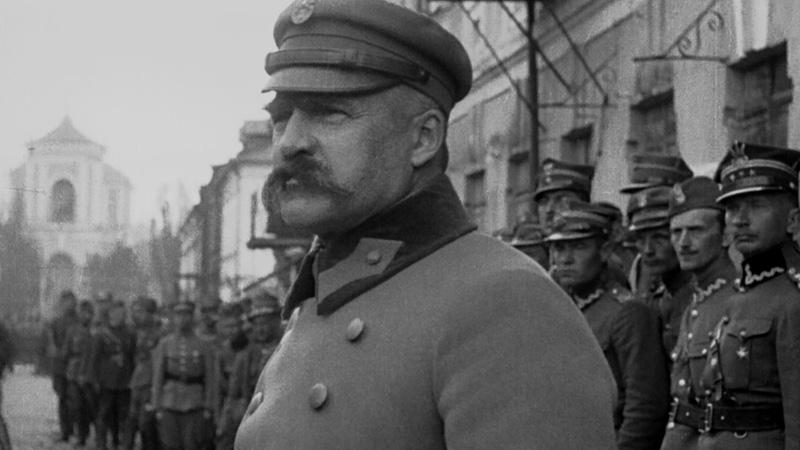 kadr z filmu Polonia Restituta