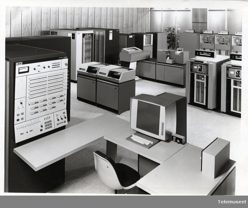 Zarządzanie danymi i kolekcjami w archiwach | Seminarium online
